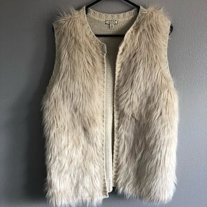 Eyeshadow Vest Women's Faux Fur/ Knit size Medium